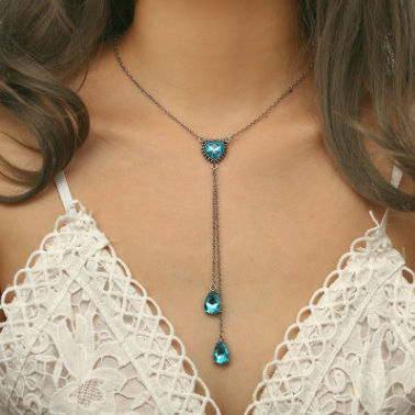 95664484d37d6 Fashion Ocean Heart Necklace Blue Gemstone Diamond-Studded Long ...